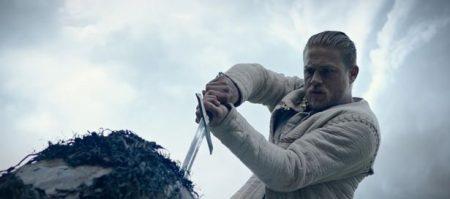 Ver Rey Arturo: La leyenda de la espada (2017) online
